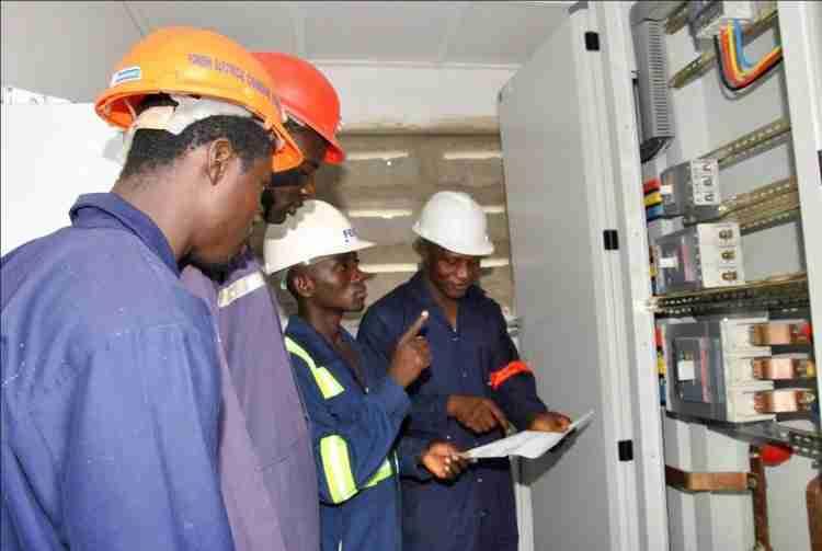 Analyzing An Electrical Circuit